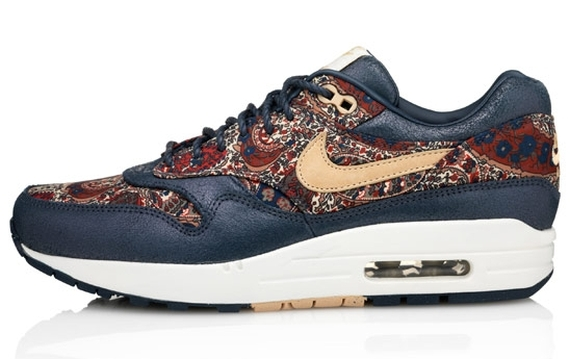 liberty-nike-wmns-sneakerboots-04