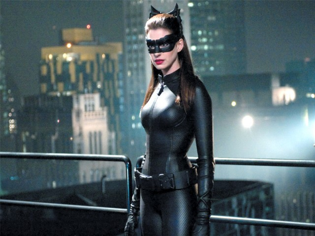 419312-CatwomanPHOTOPUBLICITY-1344439478-939-640x480