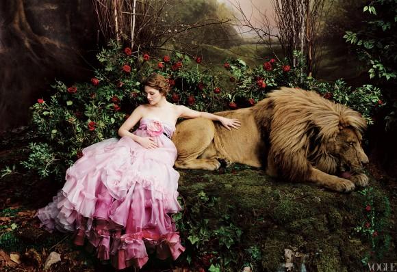 vogue-photography-fashion-fantasy-fairytale-Favim.com-597443