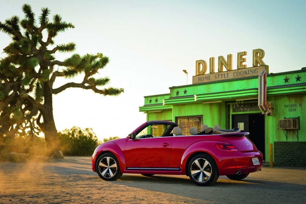 2013-VW-Beetle-Cabriolet-Left-Side
