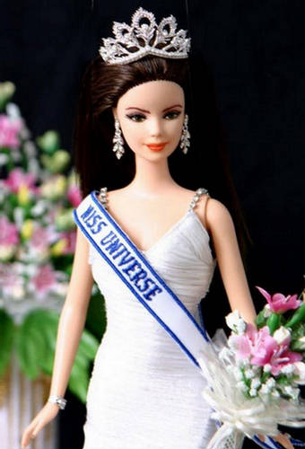 miss-barbie-universe-1