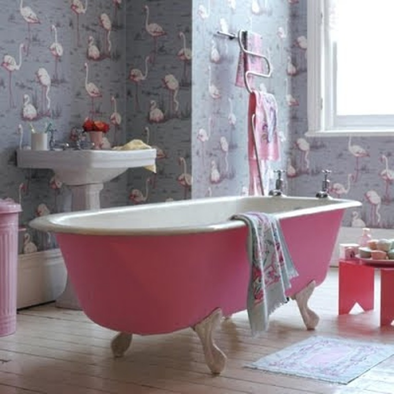 flamingo-bathroom