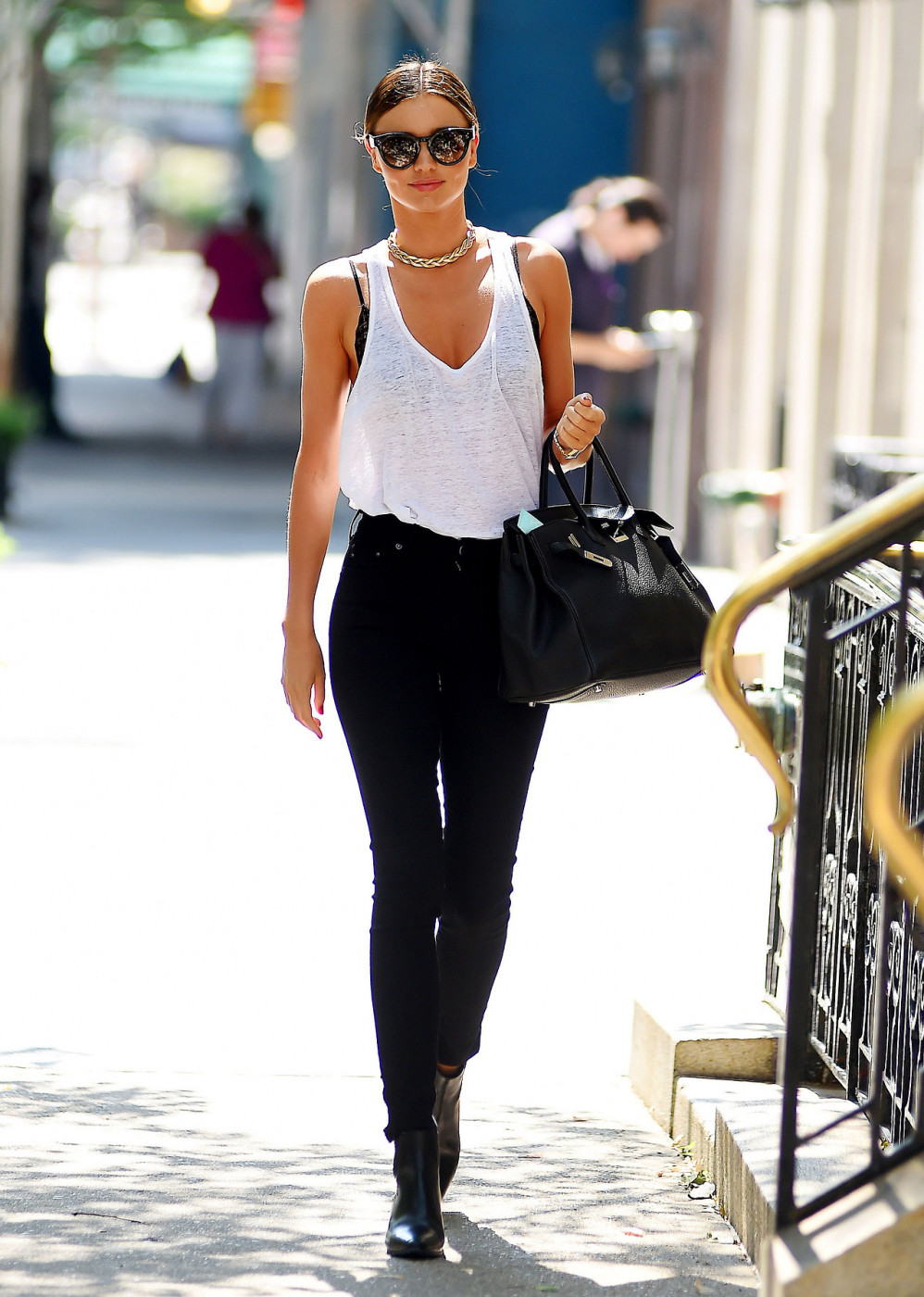 Miranda Kerr Steps Out In NYC