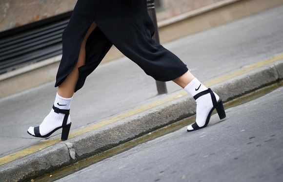 175rita-zubatova-paris-fashion-week-nike-socks-with-heels-2013